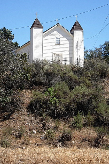 Foxen chapel at entrance to Sisquoc property