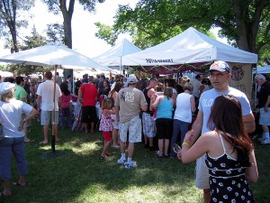 crowd at the Paso Robles wine festival