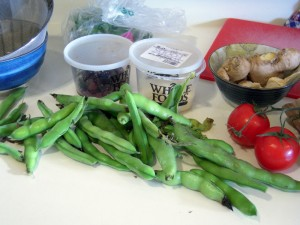 some ingredients to make fava topping