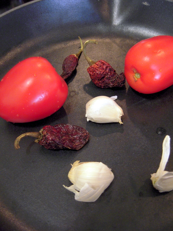 roasting peppers, tomatoes and garlic