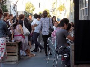 mob surrounding Delfina
