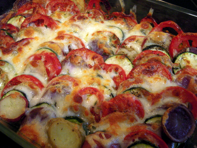 oven-baked potato, tomato and zucchini