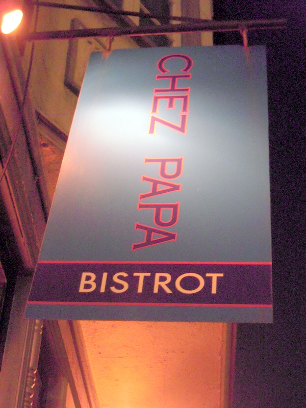 welcome to Chez Papa Bistrot