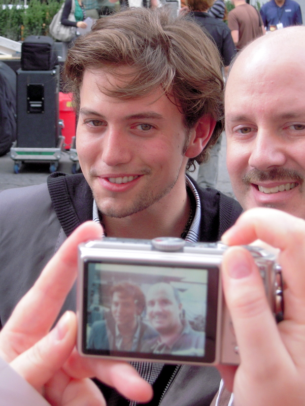look at that goofy grin on Jackson Rathbone's adorable face!