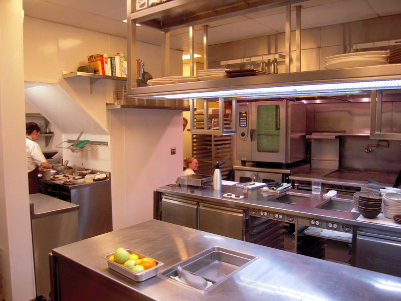 Coi kitchen