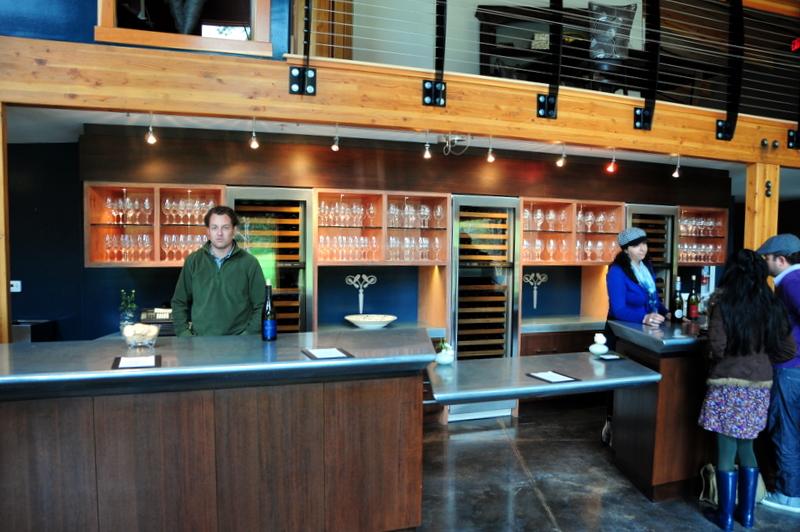 inside Linne Calodo tasting room