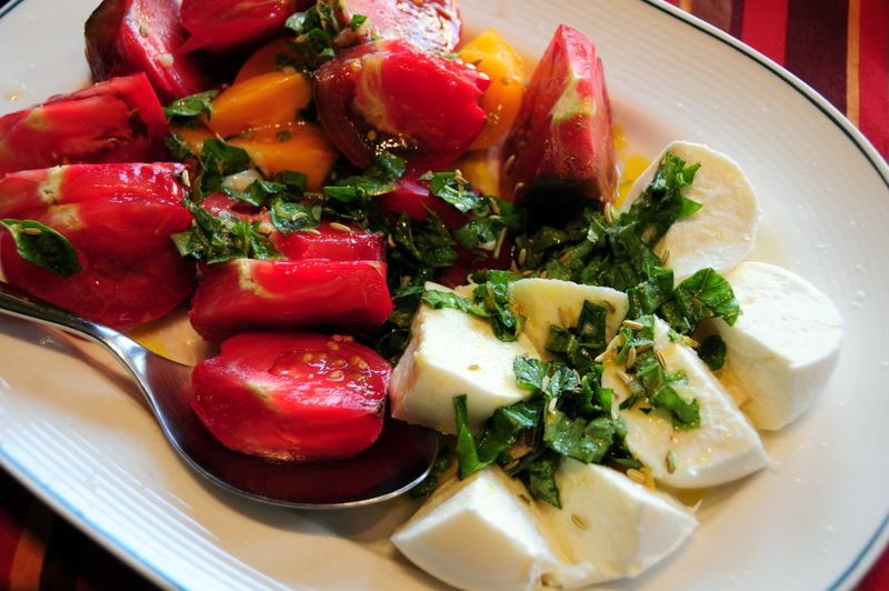 mozzarella di buffala with heirloom tomatoes salad