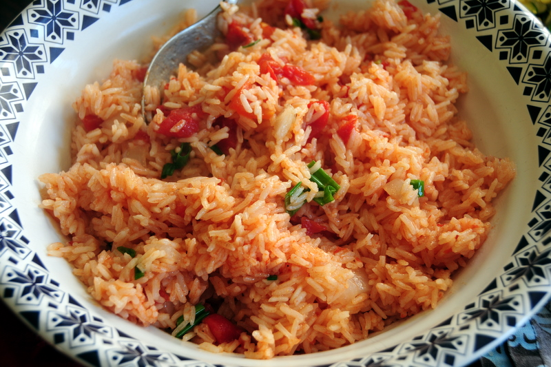 vegetarian rice with tomatoes