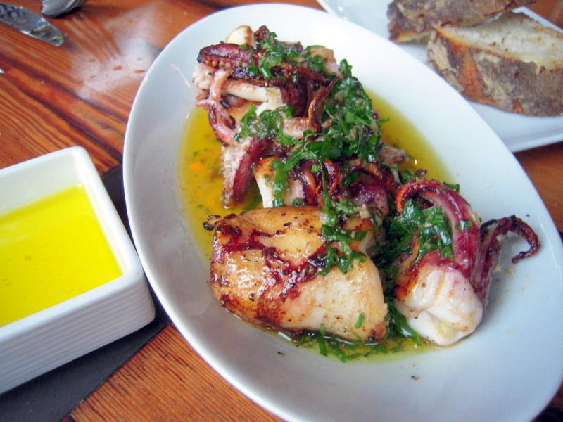 Rhode Island calamari a la Plancha, Salsa Verde