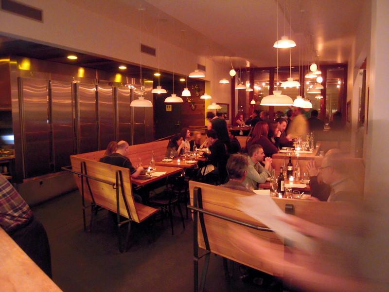 Contigo dining room