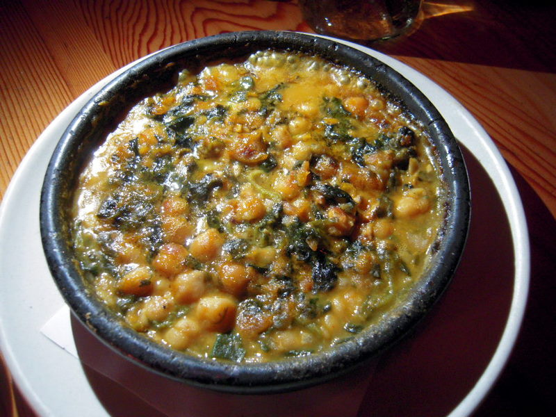 chickpeas and spinach Andalusian style