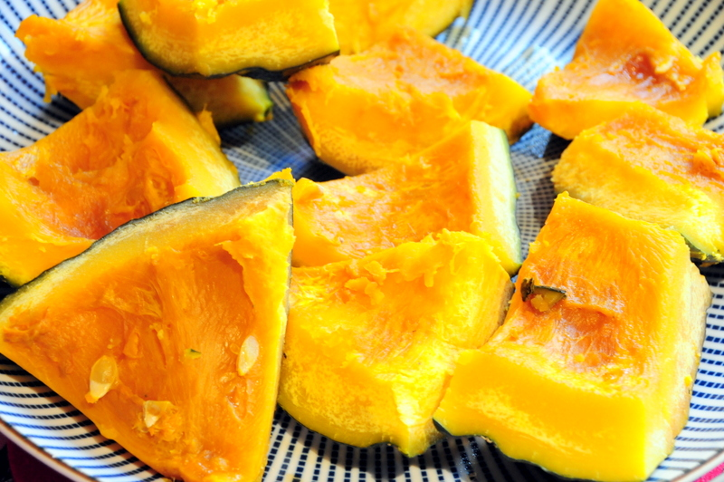 kabocha pumpkin in dashi-shoyu sauce