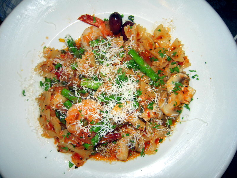 the special pasta was bowties with shrimp, asparagus in a puttanesca sauce