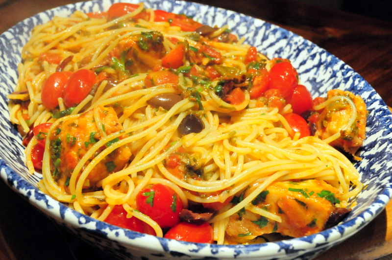 spaghetti with salt cod and tomato sauce