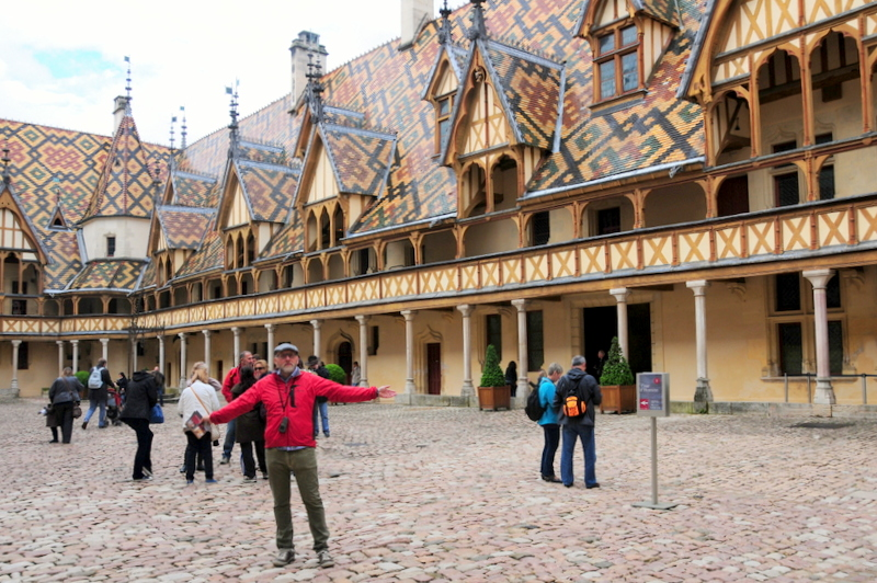 beautiful courtyard at Hôtel-Dieu des Hospices Civils de Beaune